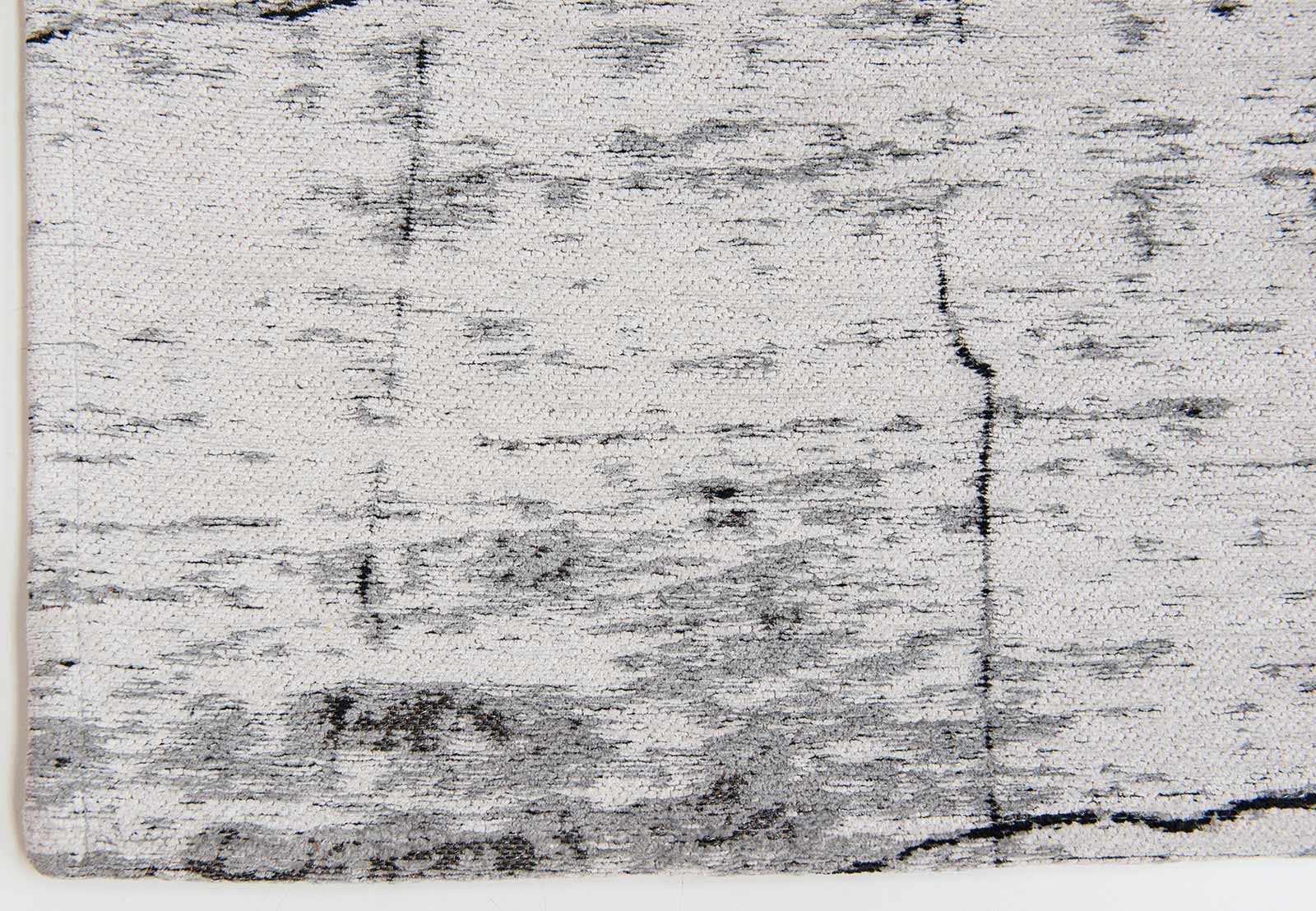 tapis Louis De Poortere LX8926 Mad Men Griff Metro Black and White corner