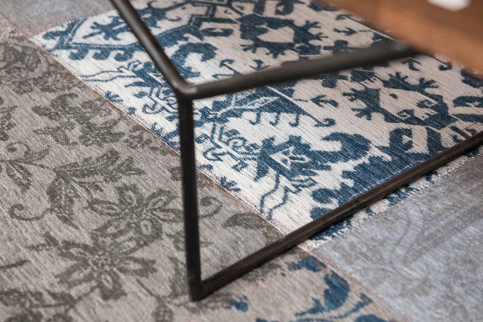 tapis Louis De Poortere LX8981 Vintage Bruges Blue zoom 1